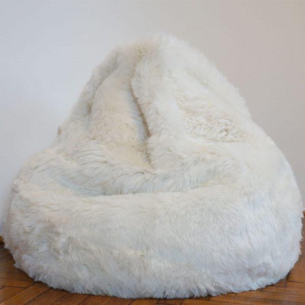 Isländisches Lammfell Sitzsack weiß