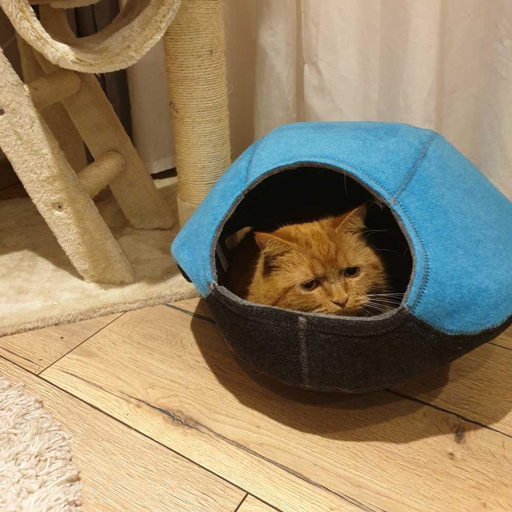 Lazy Place Höhle für Katzen © Sina Klotz