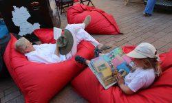 Exklusive sitzkissen und sitzs cke aus leder for Entspannungsecke einrichten